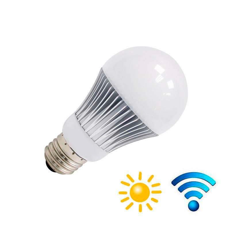 Bombilla LED E27, 9W, chip Samsung, Sensor movimiento y luminosidad
